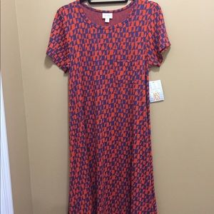 LuLaRoe Carly XS. NWT accepting all offers.